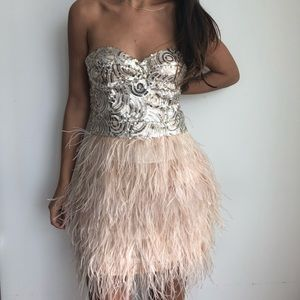 BEBE Isis sequin & feather strapless nude dress L